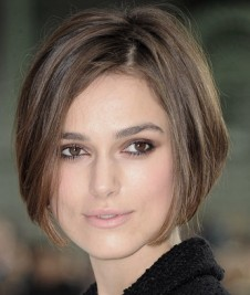 http://www.hollywoodlife.com/2010/10/06/celebrity-stylist-ric-pipino-how-to-keira-knightley-haircut-short-bob-hairstyle/