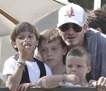 http://www.madeformums.com/toddler-life/celebrity-childrens-hair-styles---boys/10261-2.html