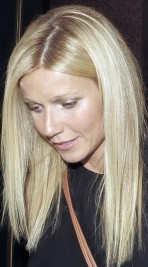 http://www.stylebistro.com/Celebrity+Hair/articles/-vyU4n-xEzb/Gwyneth+Paltrow+Super+Straight+Hair+Fashion