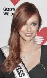 http://www.stylebistro.com/Celebrity+Hair/articles/X7gGLHpAwnq/Alyssa+Campanella+Side+Swept+Hairstyle+2011
