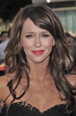 http://www.allcelebrityhaircuts.com/wp-content/uploads/2011/03/Jennifer-Love-Hewitt.jpg