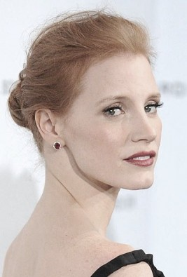 http://www.hollywoodlife.com/2012/01/11/jessica-chastain-bun-hairstyle-ted-gibson/
