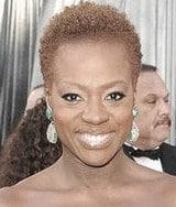 http://www.bellasugar.com/Viola-Daviss-Green-Eyeliner-Oscars-2012-21948798