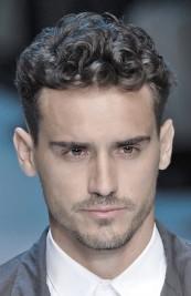 http://uberhairstylist.wordpress.com/2011/12/23/mens-key-hair-cuts-on-2012-short-waves-short-curls/