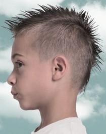 http://www.hairfinder.com/hairstyles3/junior13.htm